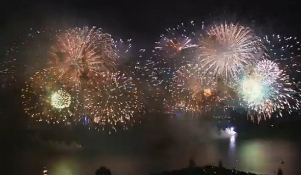 and-an-extravagant-fireworks-show-he-put-on-for-auckland-the-fireworks-cost-500000-and-he-watched-from-a-helicopter